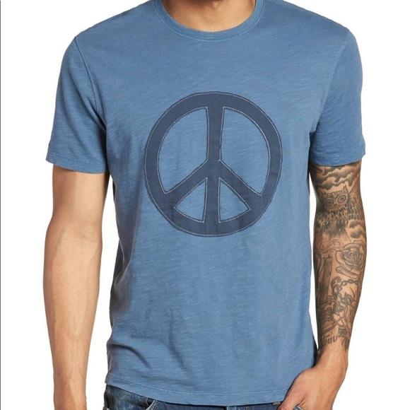 John Varvatos Star USA Men/'s Short Sleeve Skull Graphic Crew T-Shirt Stone Grey